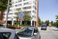 AllOrtho Parkplatzeinfahrt